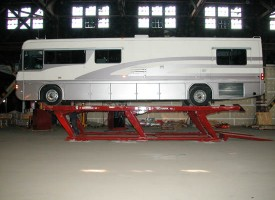 Mohawk Hinged Drive-On Parallelogram Automotive Lift
